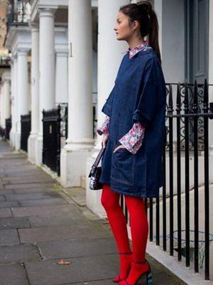 С чем носить цветные колготки: фото примеров и выбор под них платья