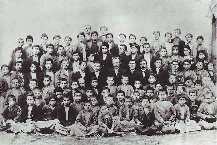 Natali AVAZYAN (NataliAVAZYAN) | Twitter Adana / Haçin (sayimbeyli) Protastan Ermeni okulu öğrencileri 1903-1904 öğretim yılı
