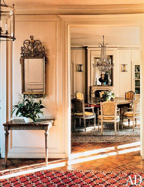 Cristobal Balenciaga. Hall and dining room designed by Serge Royaux.