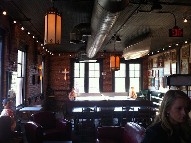 TRAVEL: http://Paste.com checks out the 5 best Atlanta bars for gamers (no cafés) http://www.pastemagazine.com/articles/2015/10/take-five-the-best-bars-in-atlanta-for-gamers-or-o.html