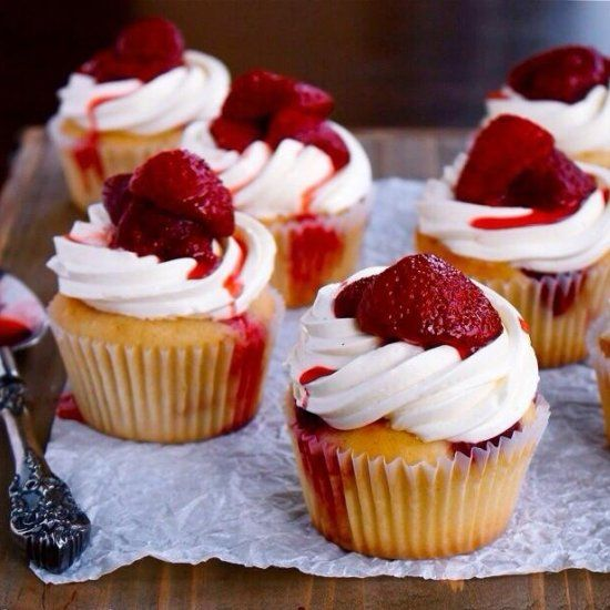 Roasted strawberry cupcakes topped with fluffy mascarpone frosting - summer berry bliss!