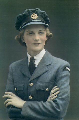 Dorothy Garen (née Chapman) just after her enlistment in the Royal Canadian Air Force, Women's Division, Toronto, Ontario, 1942.