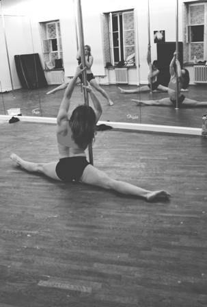 #poledancer #poledance #karolinabanaszek #ohlalastudio #poledancestudio #ohlala