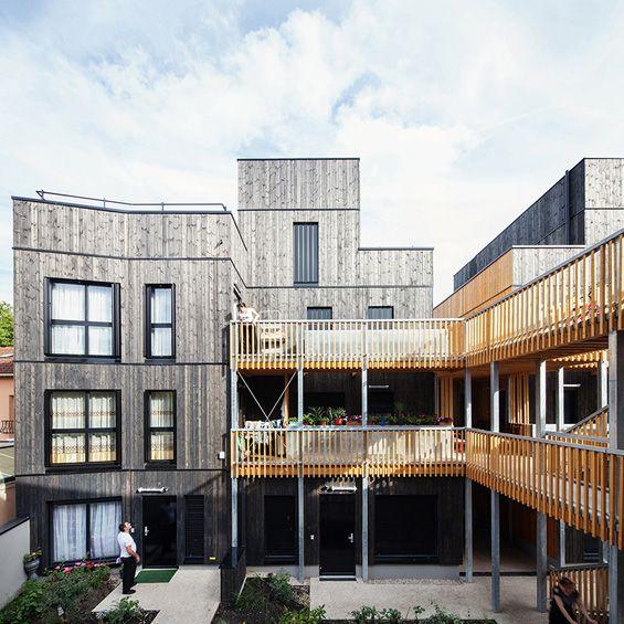 LA Architectures : Logements à Montreuil     Ce projet atypique de l'agence La Architures se compose de deux ensembles de 17 et 18 logements intermédiaires. Installée sur deux parcelles du Haut Montreuil, cette opération cherche à offrir un autre modèle d'habitation, un lieu pouv...