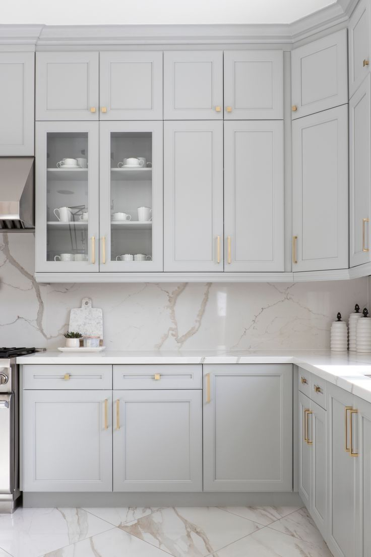 Pin By Barbara Braun Jasiek On Wnetrza Domu In 2020 Grey Kitchen Designs White Marble Kitchen Light Grey Kitchen Cabinets