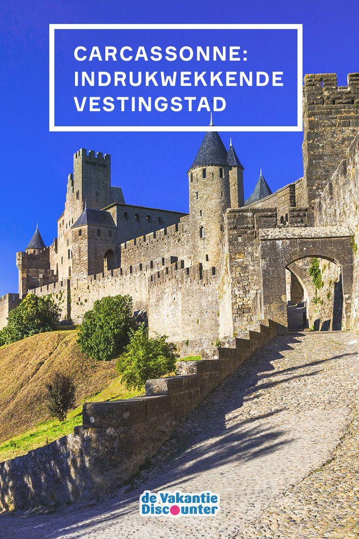 De drie grootste trekpleisters van Frankrijk? Parijs, Mont-Saint-Michel en… Carcassonne! Deze vestingstad in Zuid-Frankrijk weet elk jaar met haar ongekende charme talloze vakantiegangers te verrassen.