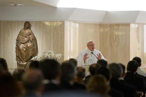 """Papa Francesco ricorda nella S. Messa del mattino che non basta essere cristiani """"di sole opere"""" per salvarsi"""