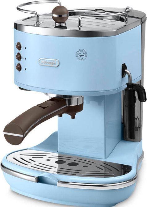 DeLonghi Icona Vintage ECOV 311.AZ Blauw  DeLonghi ECOV311AZ Blauw: Espresso apparaat afgewerkt in een blauwe hoogglans met chromen details Met de DeLonghi ECOV311AZ zet jij met een prachtig vintage pompdruk espresso apparaat koffie! Dit apparaat is afgewerkt in een blauwe hoogglans met chromen details. Hij werkt met een roestvrij stalen boiler met een pompdruk van 15 bar. De ECOV311 beschikt over een cappuccinosysteem waarmee jij heerlijke cappuccino zet met een perfecte schuimlaag. Deze…