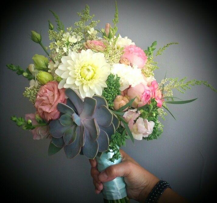 Mint&peach bouquet