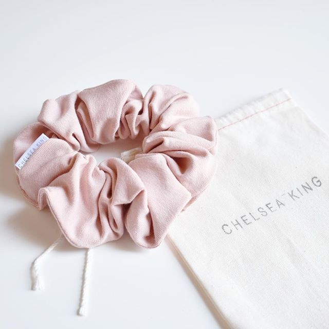 """If you're a creative a #girlboss or a lover of messy buns then you need one of @shopchelseaking 's scrunchies!! I swear I'm more creative when I have one in my hair  """"messy hair don't care""""  And look at this adorable packaging! Seriously get your hands on one of these babies  . . . #beingbossclub #creativepreneur #creativeentrepreneur#lovebeingboss #socialmediaconsultant #socialmediamanagement #socialmediaaddict #creativeagency #growyoursocial #communityovercompetition #createcultivate…"""