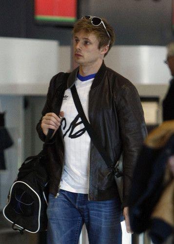 Bradley James at Perth Airport  - bradley-james Photo