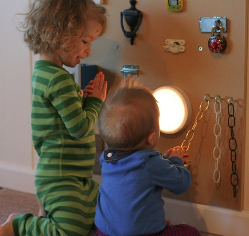 Tavola delle attività Montessori 12