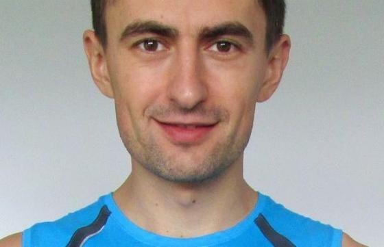 Voluntar, Clovnul Felix, maratonist, campion la triathlon şi director de programe la Galeria de Idei. De ce alerg ? În 2016 alerg 42 de kilo