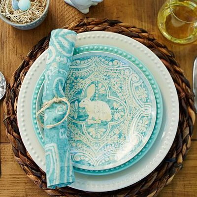 Italian-style glazing and baroque graphics give this bunny royal treatment on this turquoise Easter Graphic Bunny Plate Set designed by studio artists. Made of glazed stoneware. Microwave- and dish...