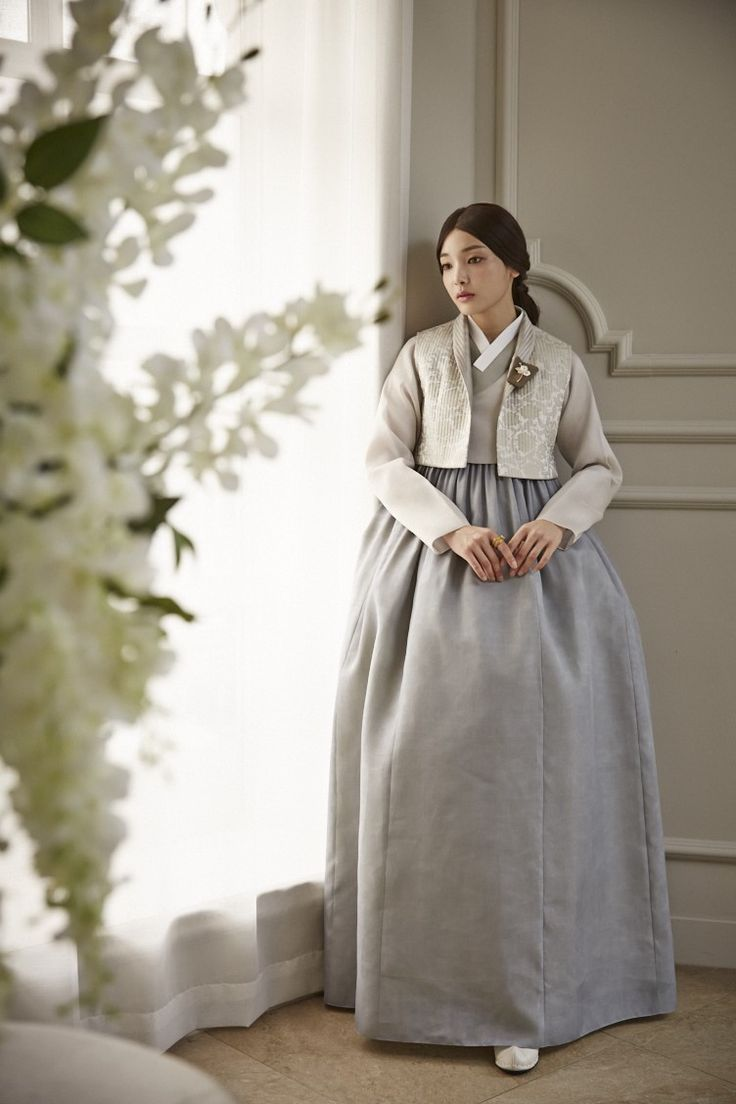 청담 이승현한복 @kyulcs for more Korean hanbok.