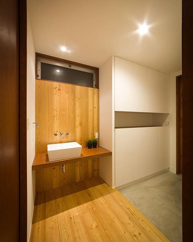 【川西GREENHOUSE】 玄関収納と手洗い。 #ldhomes #ラブデザインホームズ #architecture #建築 #design #デザイン…