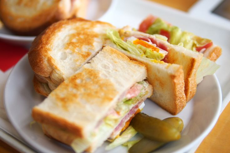 American Clubhouse Sandwich…