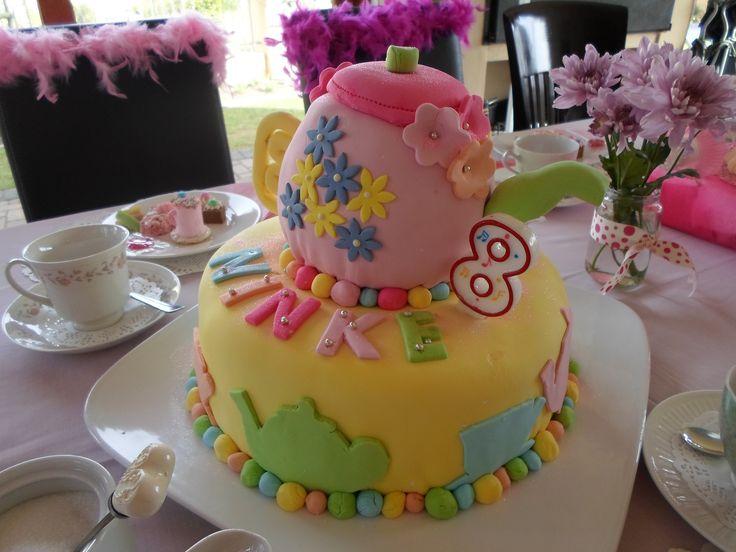 Ninke se 8ste verjaardag - tea party!