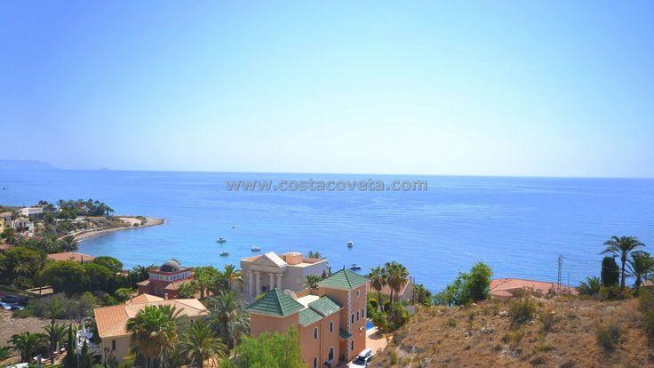 http://www.costacoveta.com/en-565_villa-el+campello-coveta+fuma.html  #ElCampello #villa #property #luxuryliving #beachfront #Alicante #realestate