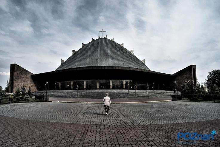 Kościół Rataje Poznań -http://fotoportal.poznan.pl/galeria/konkurscityofworkczerwiec2012/6692