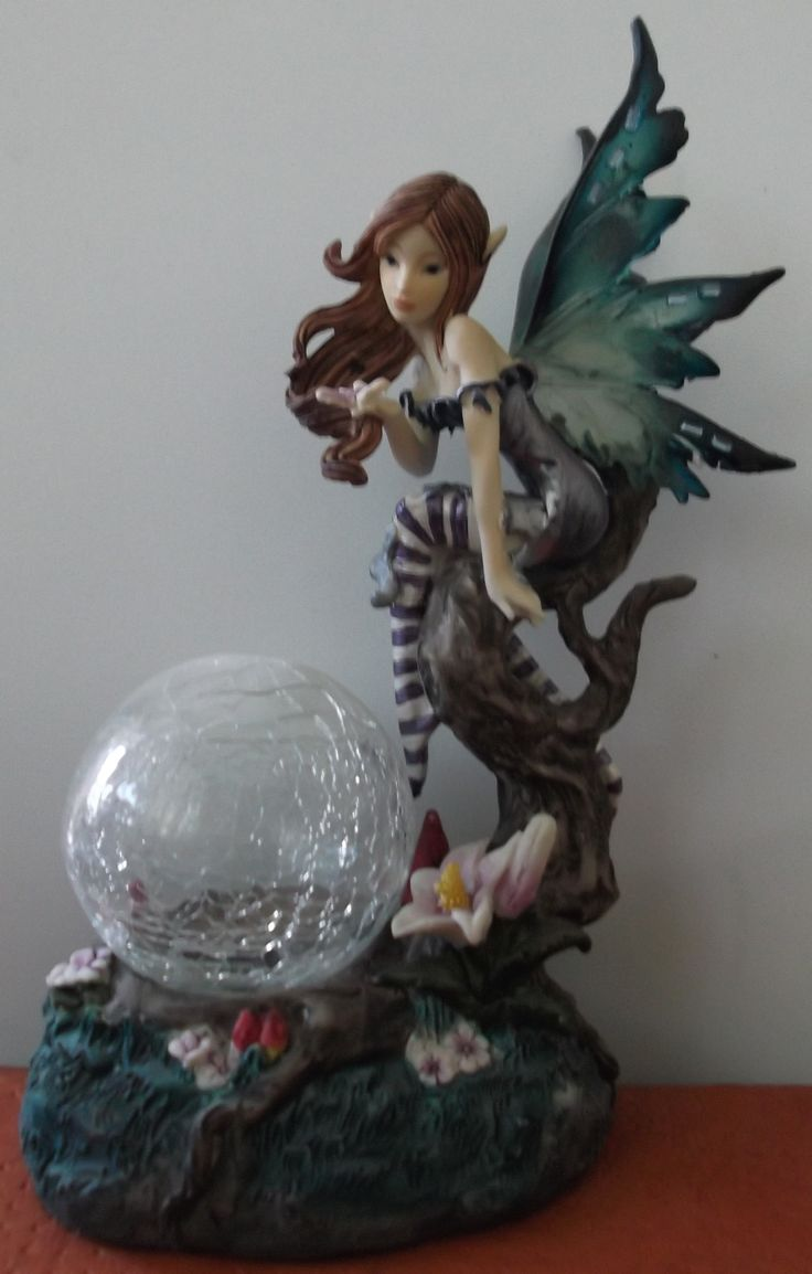 hada porcelana luz esfera  https://www.kichink.com/stores/mellaniedarcystore  O REGALEME UN LIKE A MI PAGINA https://www.facebook.com/STOREMELLANIEDARCY?ref=ts&fref=ts GRACIAS