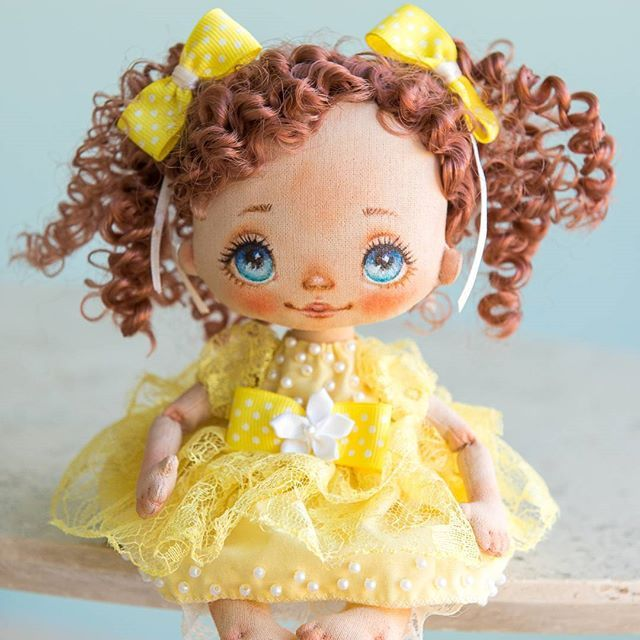 Cute doll, little sunny girl is waiting for  new family Милая куколка, солнечная девочка ждет новую семью #alicemoonclub #ooak #fabricdolls #handmade #clothdoll #heirloomdoll #customdoll #doll #homedecor #interiordolls #artwork #인형#娃娃 #kawaii #artdolls #vintage #unique #picoftheday #decoration #dollmaker #etsyseller #like4like #dollsofinstagram #handmadedoll #dollscollection #girlroom #giftideas #текстильнаякукла #интерьернаякукла #etsyshop