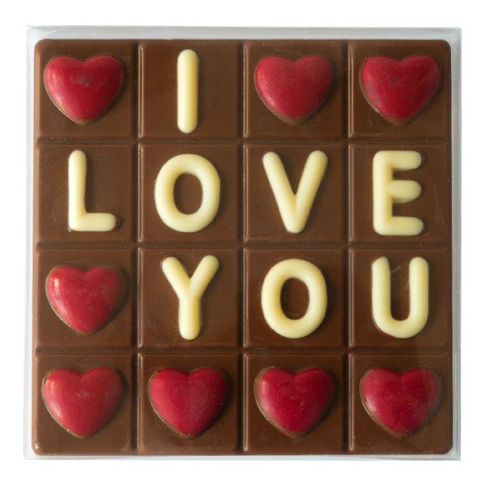 """Choc Tablet I Love You  Description: Niets zegt zo goed dat je van iemand houdt als met chocolade! Met de lieve tekst """"I love you"""" op deze heerlijke melkchocoladereep kun je helemaal niet meer stuk!  deze reep weegt maar liefst 125 gram.  Price: 4.00  Meer informatie  #Jamin"""
