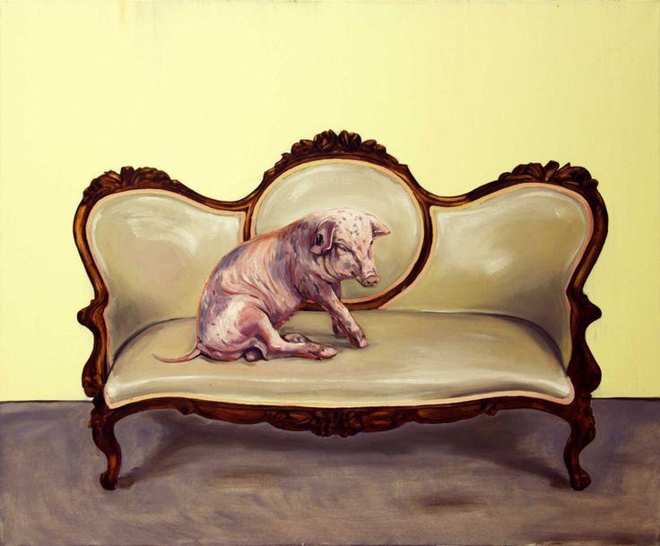 Da sitzt ein Schwein am Sofa! Nachhal(l)tige Kunst von Hartmut Kiewert. Schweine auf Sofas, Teppichen und Parkettböden – diese Bilder...