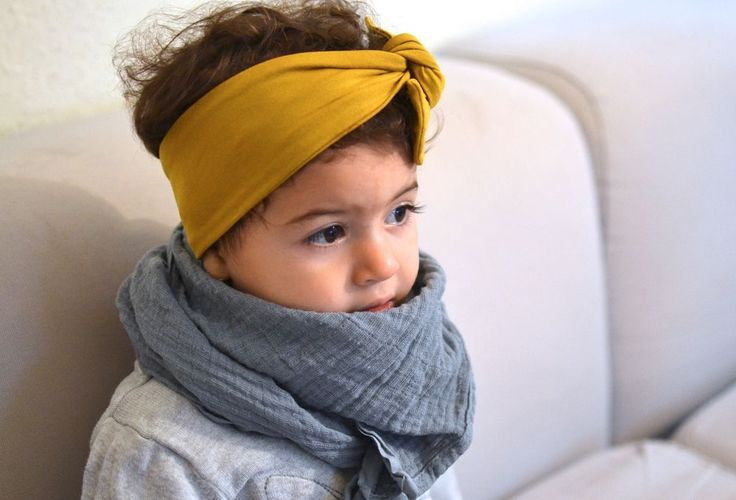 Babytuch Kindertuch Halstuch Musselin Hellgrau via mien - Accessoires handmade in Berlin. Click on the image to see more!