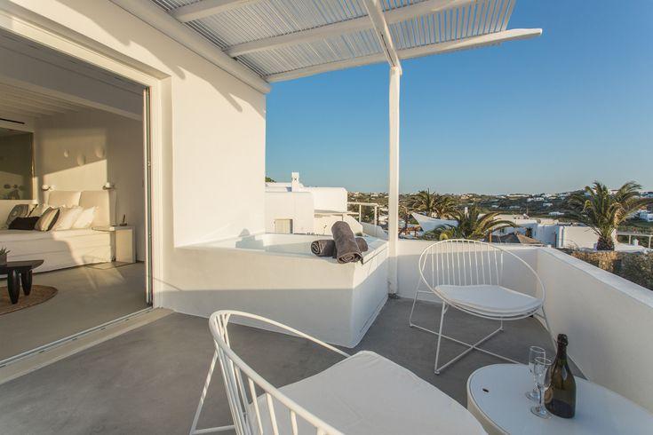 luxury hotel in mykonos ostraco suites