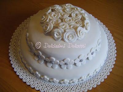 Flowers cake - Torta a 2 piani per un anniversario...
