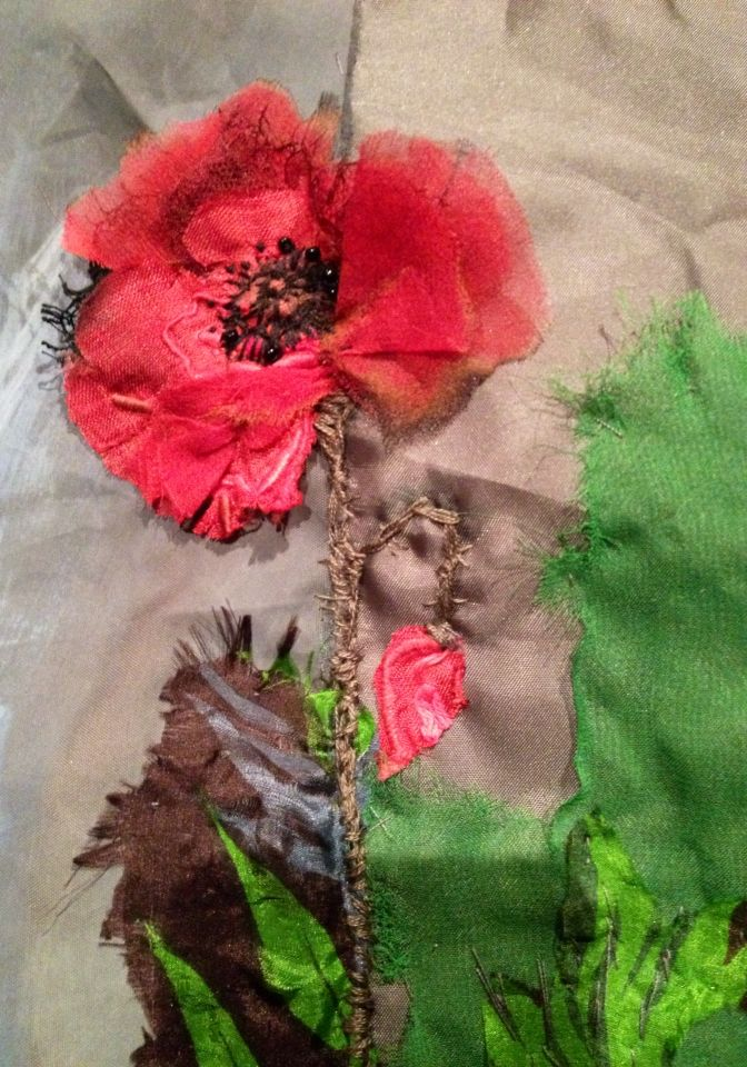 Poppy - Laura Edgar textile art
