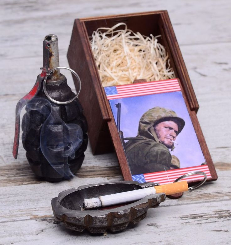 """Ashtray """"The Face of Victory"""" / #Face #Victory #ICON #HERO #US #Army #USArmy #Saipan #ashtray #superior #quality #real #F-1 #F1 #hand #grenade #Eastern #Front #Line #First #World #War #Western #Europe #beautiful #Canadian #Ypres #F1 #handgrenade #Remembrance #Poppy #soldier #set #german #infantry #box #WW1 #War #Gott #Mit #Uns #wwi #trenchartstudio #trenchart #studio #trench #art #brass #military #vintage #great #gift #cool #unique #old #antique #vintage #wedding #handicraft #steampunk"""