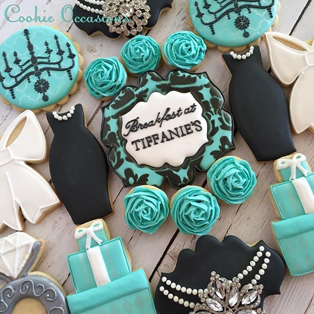 Tiffany Themed Party For Keira S 18th Birthday: Best 25+ Tiffany Cakes Ideas On Pinterest