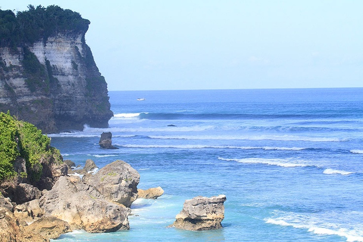 The Beach is also known by many people as the Blue Point Beach since it is closely associated with the Blue Point Bay Villa located on the top of the cliff which shades Suluban Beach.