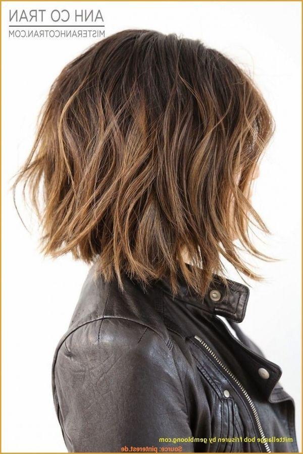 12 Brilliante Frisuren Mittellang Gestuft  hairsty… – #Brilliante #frisuren #g…