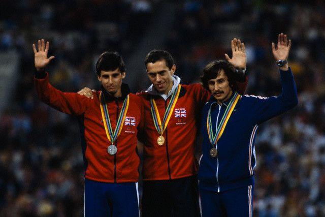 Sebastian Coe 2nd, Steve Ovett 1st  et Nikolay Kirov 3rd -1980 Olympics 800m
