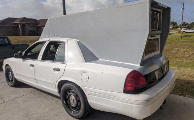 It S A Campercar 2008 Ford Crown Victoria P71 In 2020 Victoria Police Car Sleeping In Your Car See more of crown vic on facebook. 2008 ford crown victoria p71 in 2020