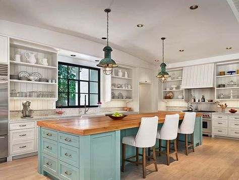 Bright and airy farmhouse style interiors in Houston http://www.onekindesign.com/2015/07/13/bright-and-airy-farmhouse-style-interiors-in-houston/…