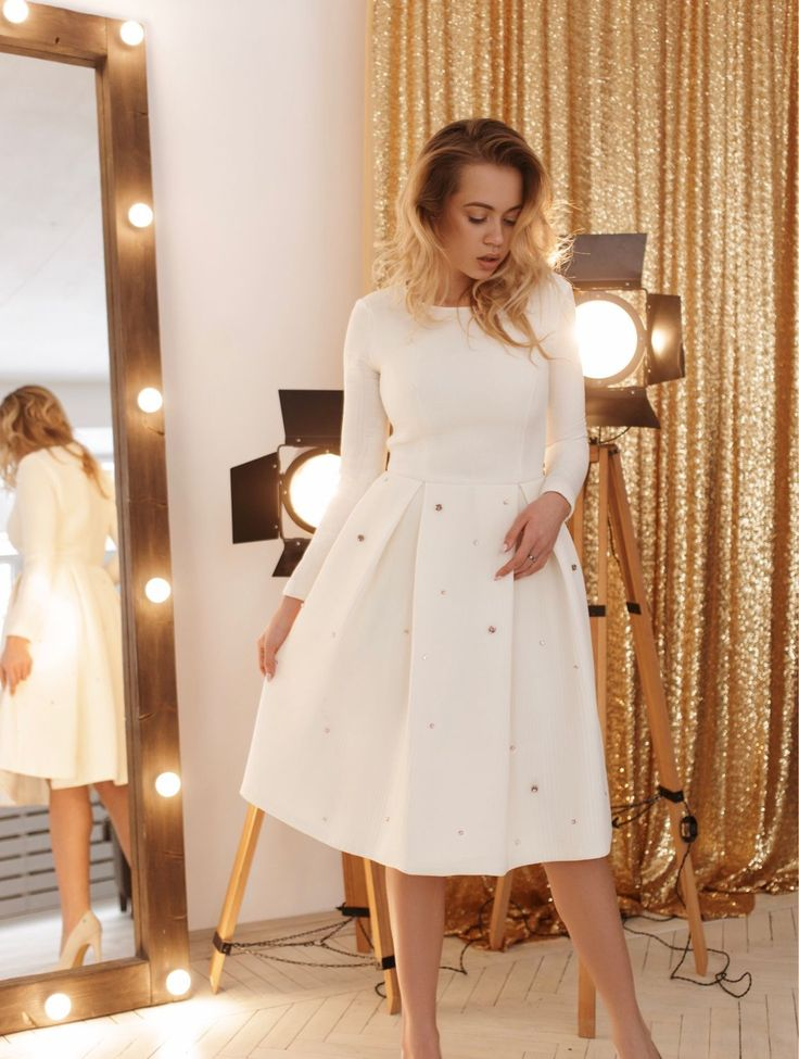 Купить Платье из неопрена с камнями сваровски - салатовый, кружевное платье, свадебное платье, хлопковое кружево