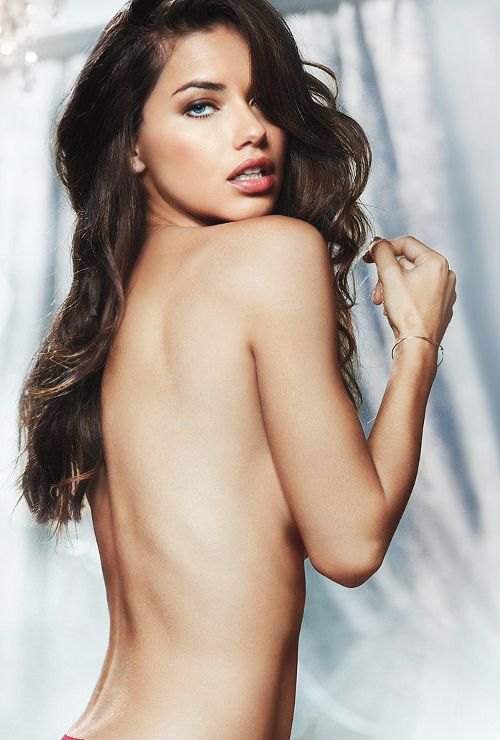 Adrianna Lima .....wow she's  so beautiful its almost unfair!