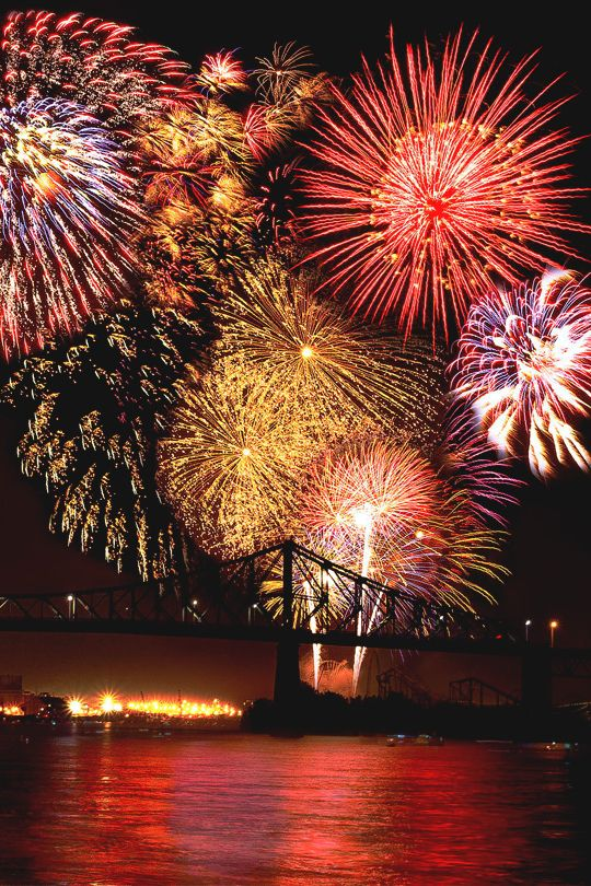 """Montreal Canada International Fireworks Competition """