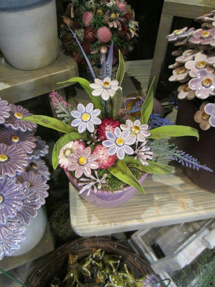 Bokrèta keràmia - hungarian handmade flowers , #bouquet , #homedecor , #flowers 💐🌸💮 www.facebook.com/bokretakeramia www.bokretakeramia.hu