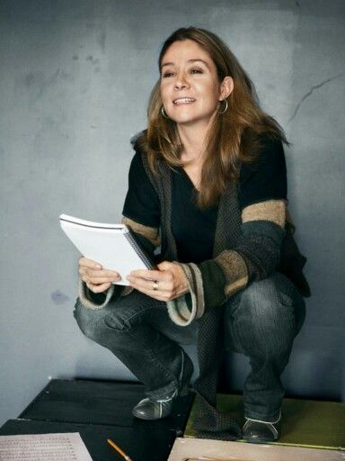 Superb Actress Megan Follows,  playing Catherine de Medicis.