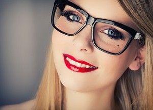 Gözlük Makyajı