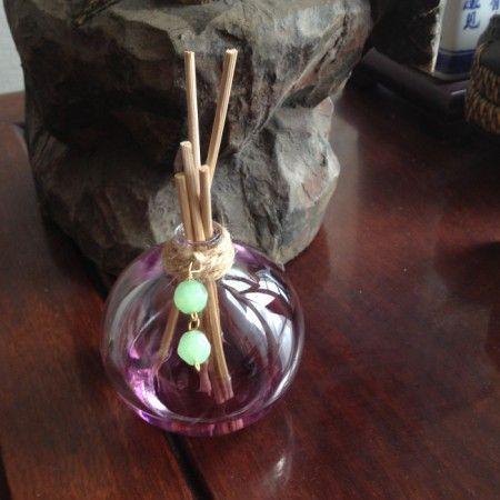 http://www.rougeframboise.com/maison/7-incroyables-facons-de-recycler-du-vieux-parfum