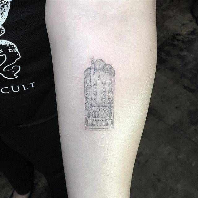 Pin On Tattoo Artistic And Art Based