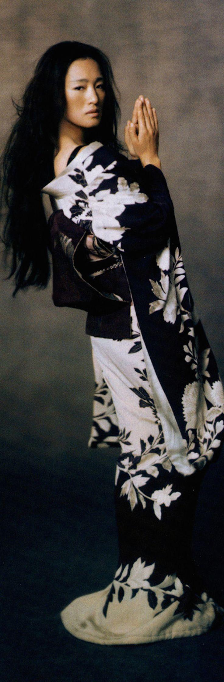 Geisha-Gong Li -japanes kimono
