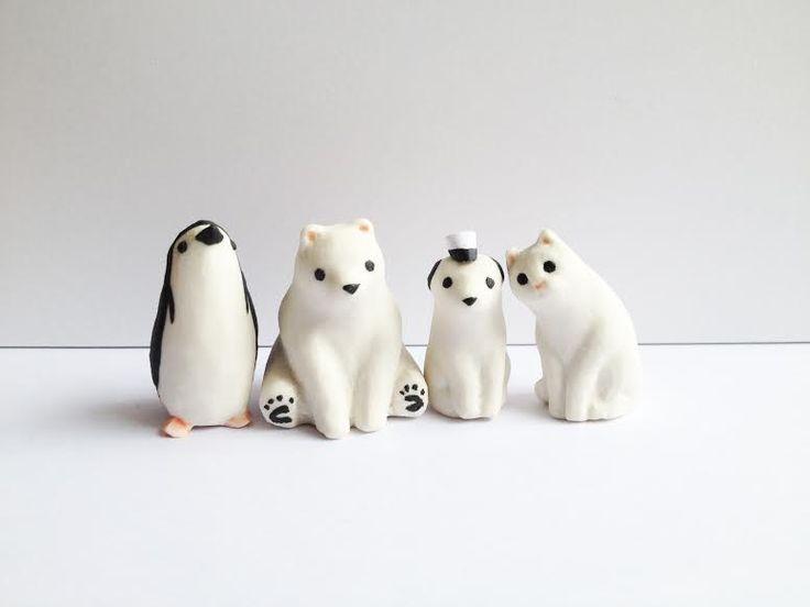 SÖPÖ / Japanilaisen taiteilijan Yasushi Koyaman toiminimi SÖPÖ toimii Helsingissä. SÖPÖ tekee söpöä eläintaidetta ja designia, kuten eläin keramiikkaa, T-paitoja, kasseja ja puupiirrosgrafiikkaa yms. https://holvi.com/shop/soposhop/