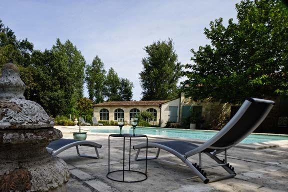 les 17 meilleures id es de la cat gorie quipement de piscine sur pinterest meubles de. Black Bedroom Furniture Sets. Home Design Ideas